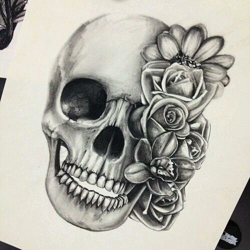 This flowery skull would make a perfect leg tattoo.