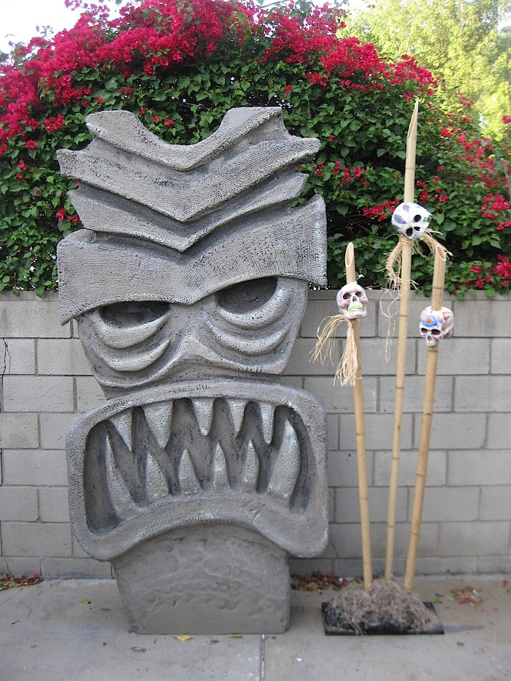 DAVE LOWE DESIGN the Blog: 1 Day 'til Halloween: Of Impaled Skulls and Evil Tikis