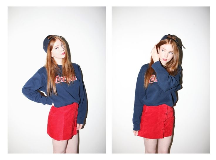 Picked this outfit atBeyond Retro the other day <3I'm in love with the combo navy + red at the moment, feels so retro in a good way.