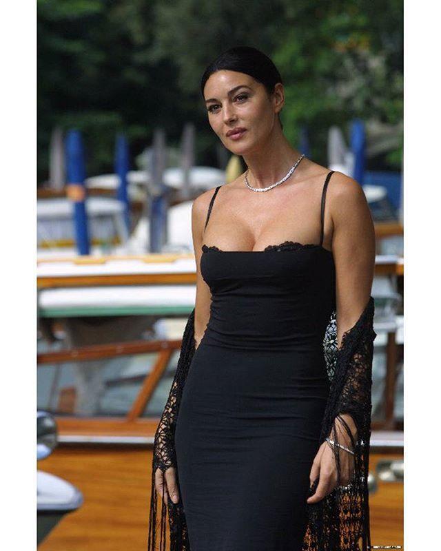 Monica Bellucci - 2002 Venice Film Festival, September 1st.  Welcome  Channel telegram: https://telegram.me/monica_bellucci  Page vk.com: https://vk.com/monica_bellucci  #monicabellucci #monica #bellucci #love #beautiful #dream #model #actress #fashion #women #girl #lovely #instagood #beauty #cute #Italy #famous #007 #sexy #моника #беллуччи #красота #модель #идеал #шикарная #актриса #monica_bellucci #моникабеллуччи #malena #малена
