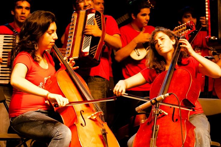 Cellistas en Festival de las Artes 2013, Valparaíso