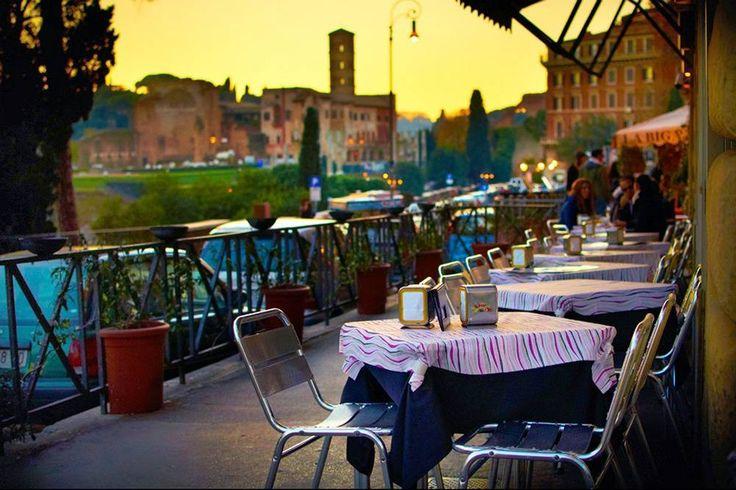 Stroll through Rome