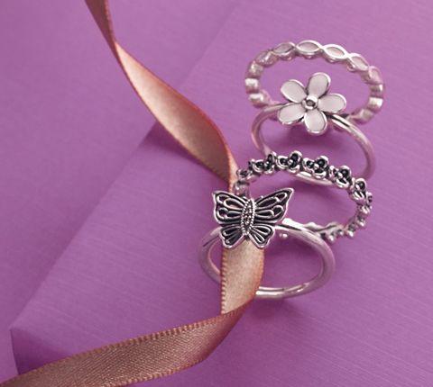 Cute PANDORA rings. #PANDORAring