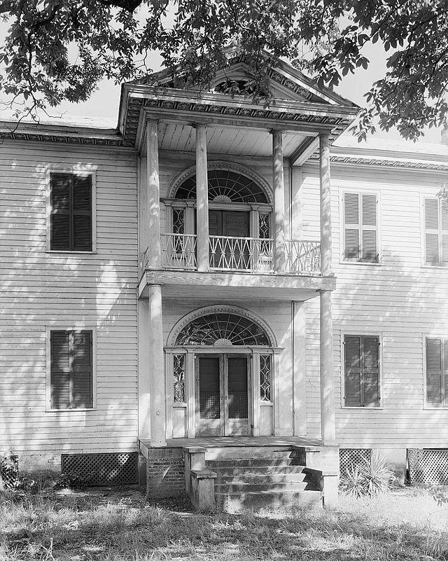 592 best images about antebellum alabama on pinterest alabama mansions and columns. Black Bedroom Furniture Sets. Home Design Ideas