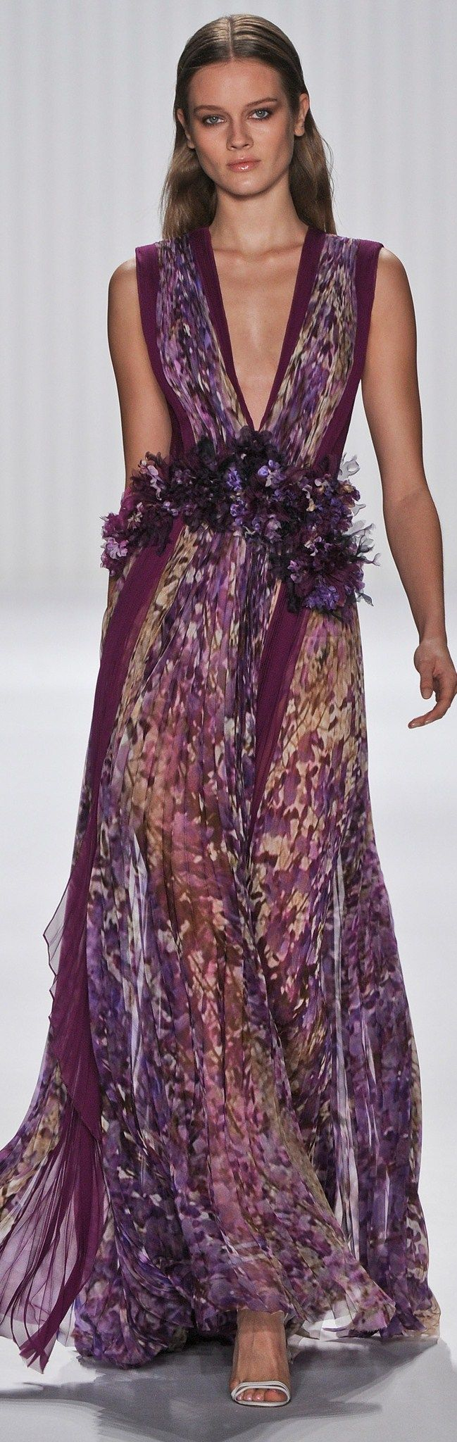 Toronto fashion week street style a purple haze - Find This Pin And More On Color Purple Fashion By Mariafelix35
