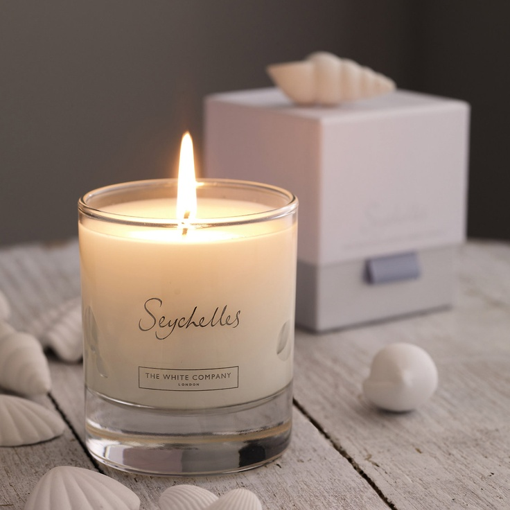 White Company Seychelles Candle - my most favorite candle of all times.