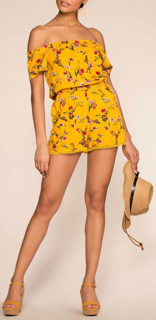 8a59bce5d5d1 Forever Sunshine Floral Romper Floral Romper, Plaid Pattern, Back To School  Outfits, Cool