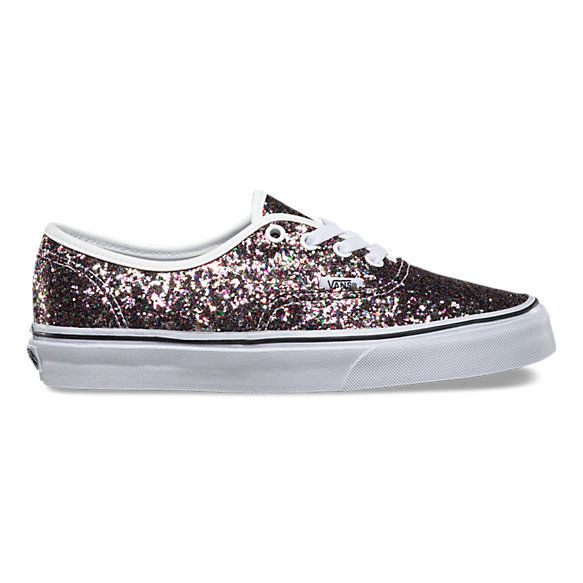 The Chunky Glitter Authentic combines the original and now iconic Vans low top style with sturdy textile uppers featuring allover chunky glitter, metal eyelets, and signature rubber waffle outsoles.