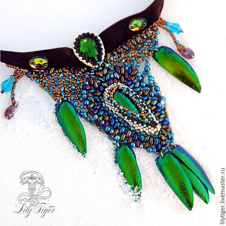 Купить Асимметричное колье Дриада из Брокилона/Ожерелье из бисера зеленый - ярко-зелёный, зеленый, колье