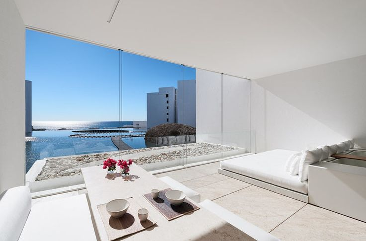 The Mar Adentro Hotel in San José del Cabo, Mexico, is probably the most white minimalist hotel you'll ever see. The hotel, designed by Mexican architect Miguel Ángel Aragonés, has 205-rooms that are a modern minimalist-lovers dream