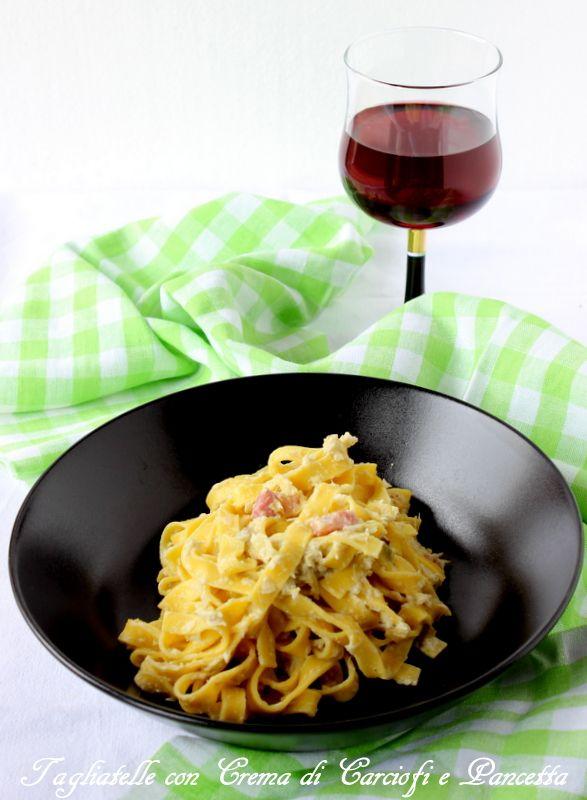 Tagliatelle con crema di carciofi e pancetta http://www.ungiornosenzafretta.ifood.it/2016/04/tagliatelle-con-crema-di-carciofi-e-pancetta.html