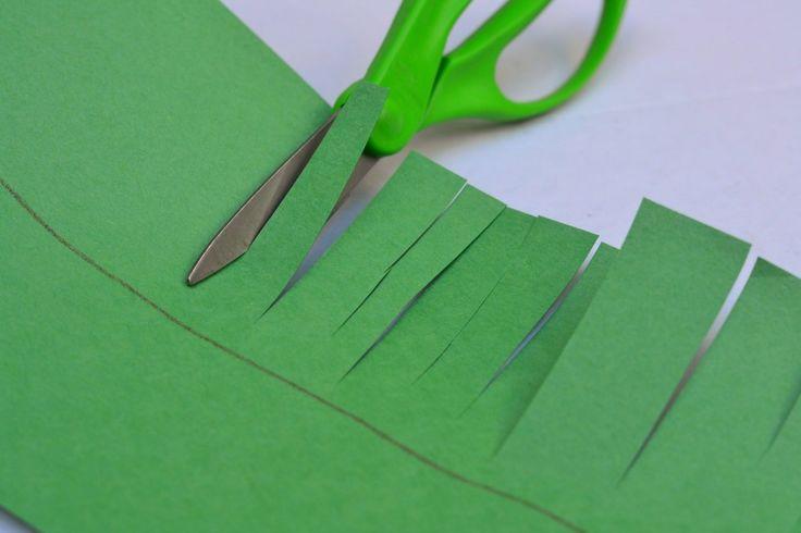 Crown of Grass - scissor skills