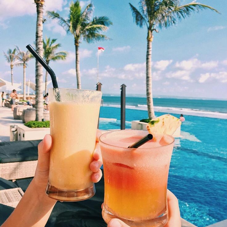 summer vibes | summer | beach | bikini | summer shot idea | summer photo ideas | travel | vacation |burga
