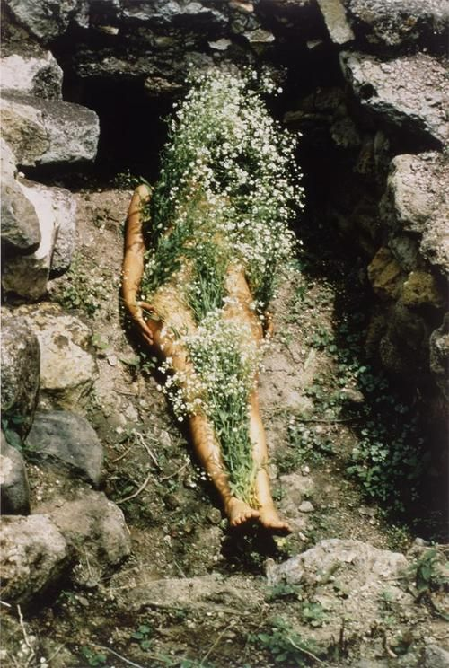 --The magic of light, water, and reflection.  Ana Mendieta, imagen de yagul, silueta series, 1973