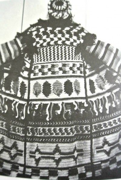 Frank Lincoln Viner's amazing Great Coat from the 1970s book Creative Crochet: 1970S Book, Crochet Design, Crochet Art, Frank Lincoln, Crochet Coats, Creative Crochet, 1970S Crochet, Lincoln Viners, Viners 1970S