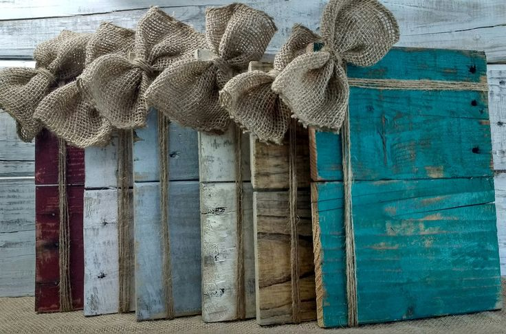 Rustic burlap frame with a two sided jute twine accent to hold photos in place. There are lots of color options, and these frames make a great gift for weddings, house warming or every day gift giving.
