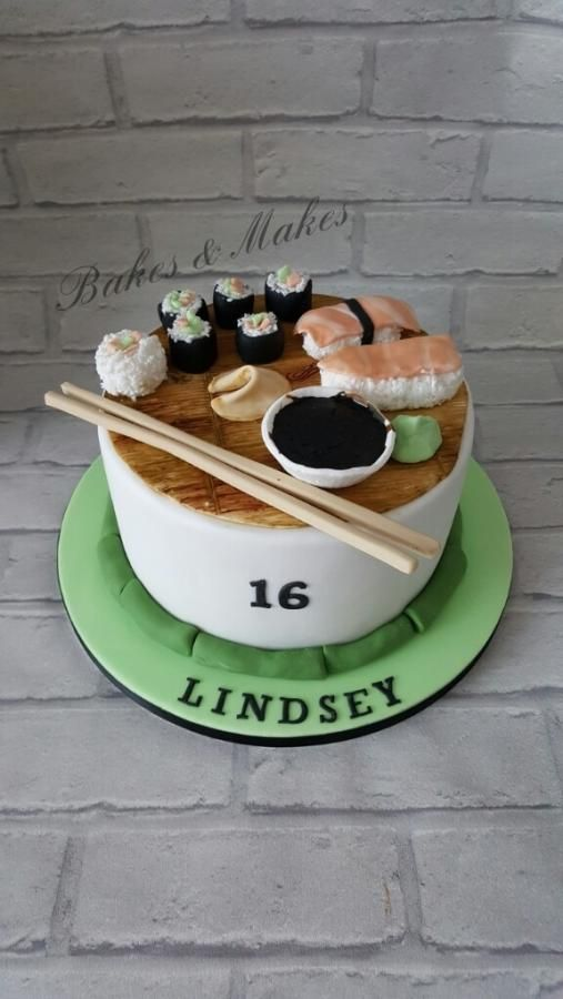 Sushi Cake by Vicky / Bakes & Makes