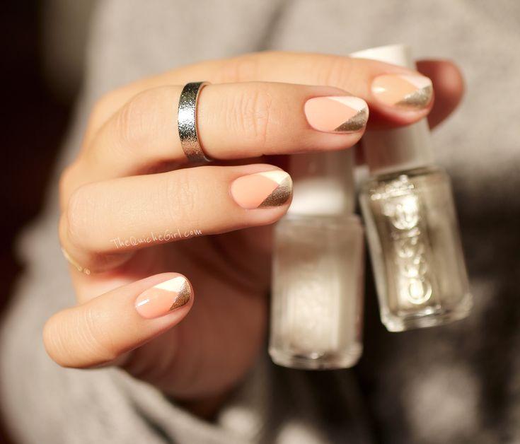 Nail geometric, manucure nude et geometrique Sur http://thequichegirl.com/?p=2948: