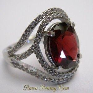 Cincin Garnet Pyrope untuk Wanita, Silver Ring 14. Lengkap dengan Hasil Cek Keaslian. Harga Promo Diskon 50%. Info: https://goo.gl/SoVyFA Order cepat: 0888 1 6262 52 (WhatsApp/Call) Video: https://youtu.be/-gNcl1IIN2U Melayani Pembeli dari Seluruh Indonesia.