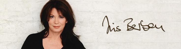 Iris Berben  webdesign by SYMBIONT