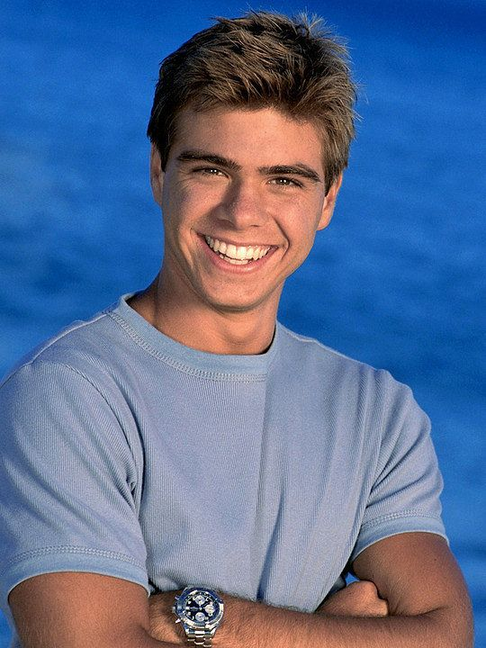 Who didn't swoon over Matthew Lawrence?