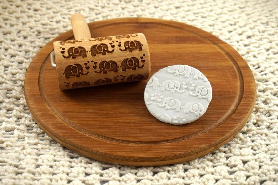 Rolling pin for cookies with elephants - embossed roller