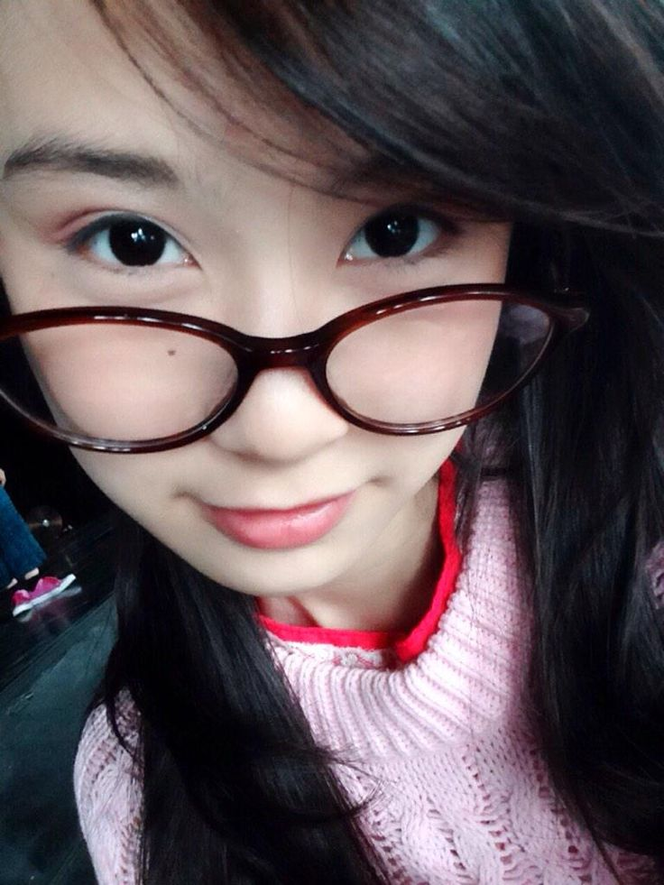 Pink ! Megane ! Happy day ! See you ! #Mulaisekarangsungguh2 #ChelleEnglishDay #MICHELLEnge
