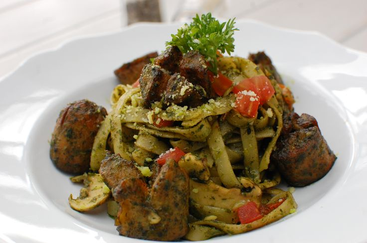 Kimberly's Green Sausage Pasta #nannyspavillon #food #pasta