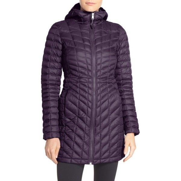 Women's The North Face Thermoball Primaloft Hooded Parka (860 SAR) ❤ liked on Polyvore featuring activewear, dark eggplant purple, the north face and compression sportswear