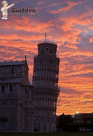 Leaning Tower of Pisa - Italy   For more information visit - http://www.guiddoo.com/
