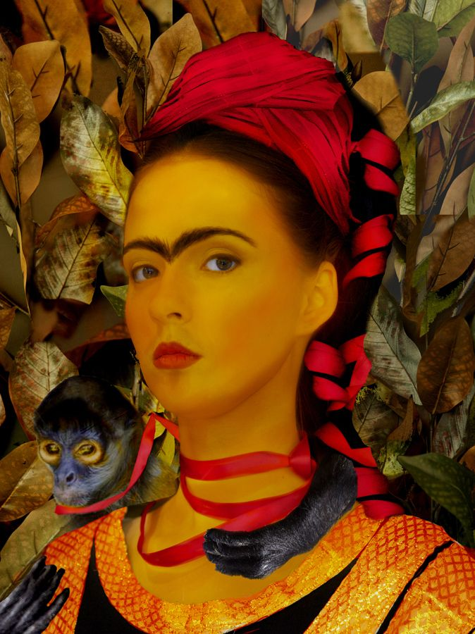 Frida Kahlo Paintings Interpreted as Photos