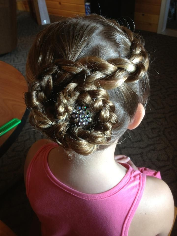 Junior Bridesmaid Or Flower Girl Hairstyle Love The Rhinestone A