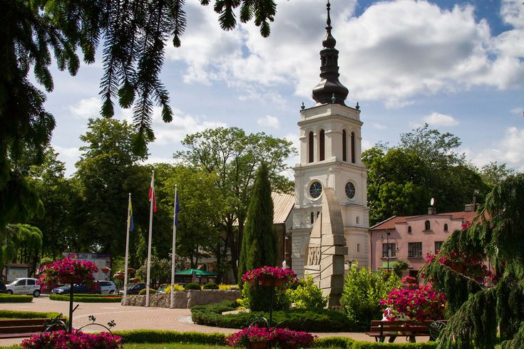 The Market square is located centrally in the preserved medieval urban layout of…