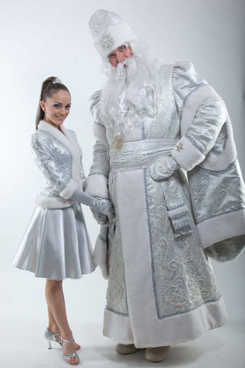 Дед мороз и Снегурочка- Grandparent Frost and Snegurochka