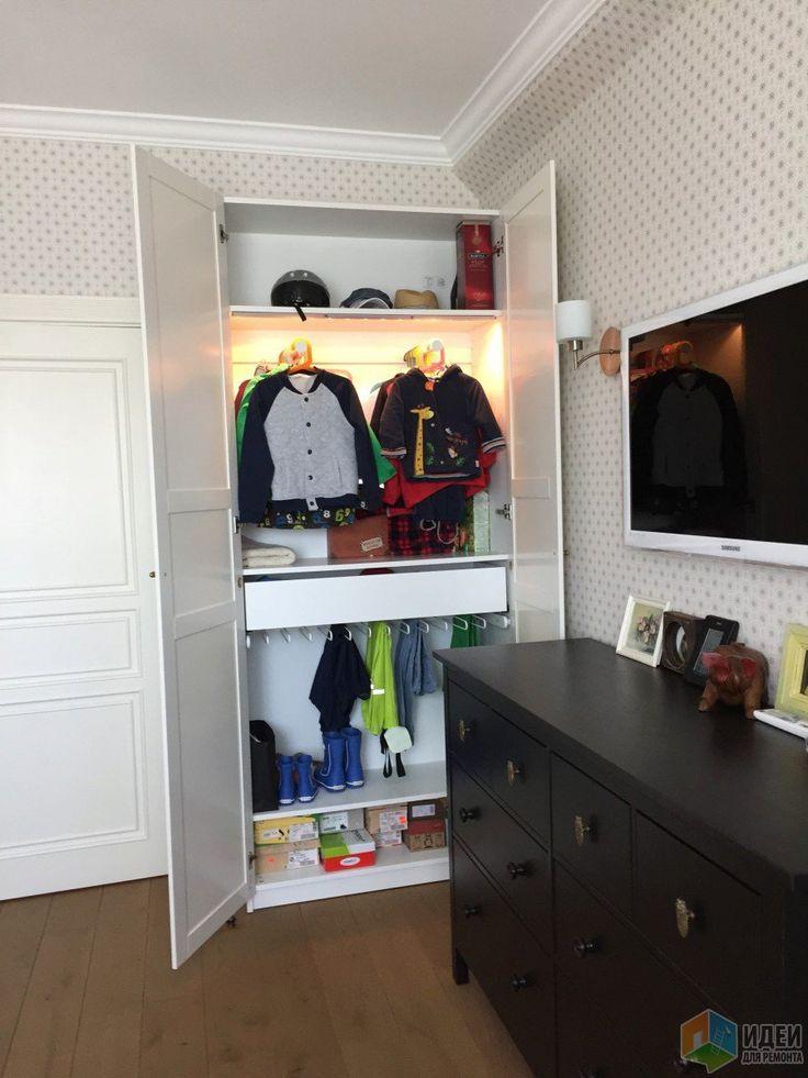 Детская комната для двух мальчиков, шкаф в детскую