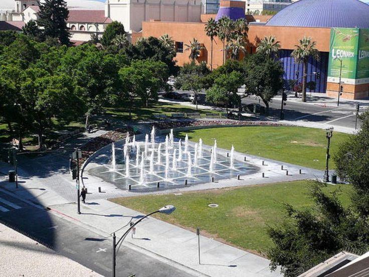 Uno spettacolo di fontana: ecco le più belle del mondoCeasar Chavez Fountain Park, Fairmont Hotel, San Jose