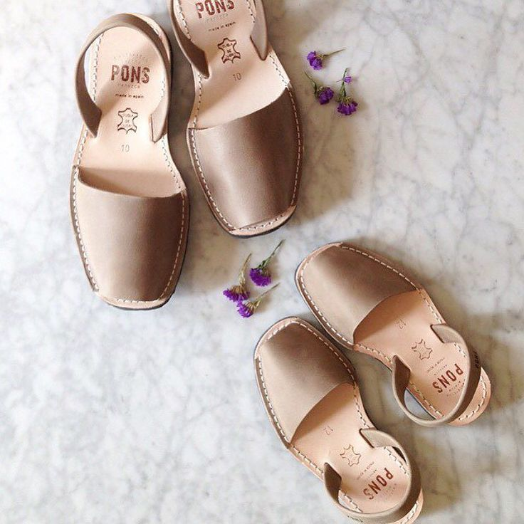 Have you entered the giveaway a few photos back? We're giving away a pair of Avarcas of your choice from the styles we've got in stock winner announced tomorrow! Also all pairs are on sale and grab an additional 15% off with code saleonsale at checkout #avarcas #adarlingclementinegiveaway