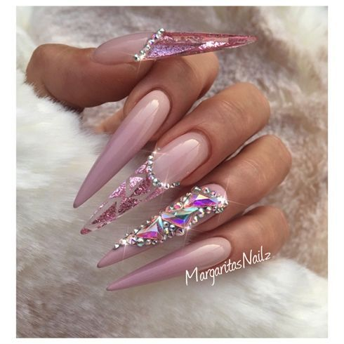 Ombré Stiletto Nails von MargaritasNailz – Nageldesign