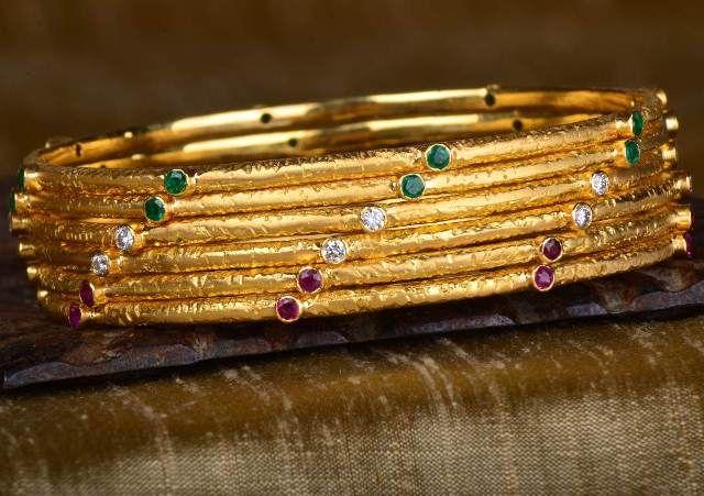 Golden stem bangle set