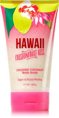 Hawaii Passionfruit Kiss Crushed Coconut Body Scrub - Signature Collection - Bath & Body Works
