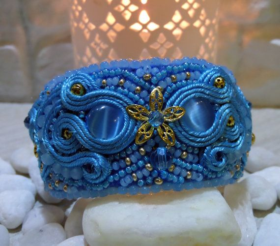 "Soutache and Beaded Bracelet with cat's eyes (imitation) ""Blue and gold""…"