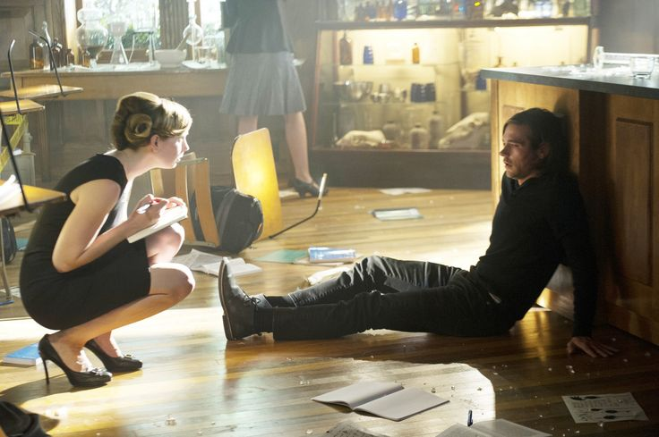 Anne Dudek as Prof. Pearl Sunderland - The Magicians - Jason Ralph as Quentin Coldwater