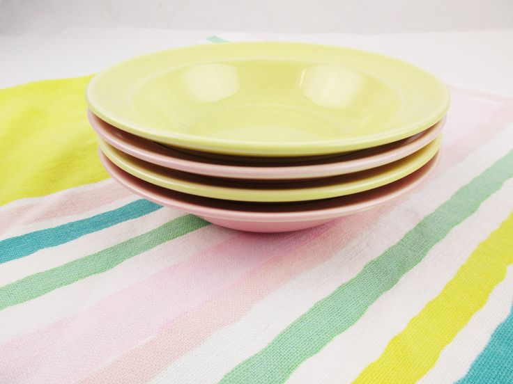 Vintage Lu-Ray Berry Bowls - Four Berry Bowls - Fill Your Set - Sharon Pink and Persian Cream(Yellow) - LuRay Dinnerware - Mix and Match & 346 best Longing for Lu-Ray images on Pinterest   Vintage dishes ...