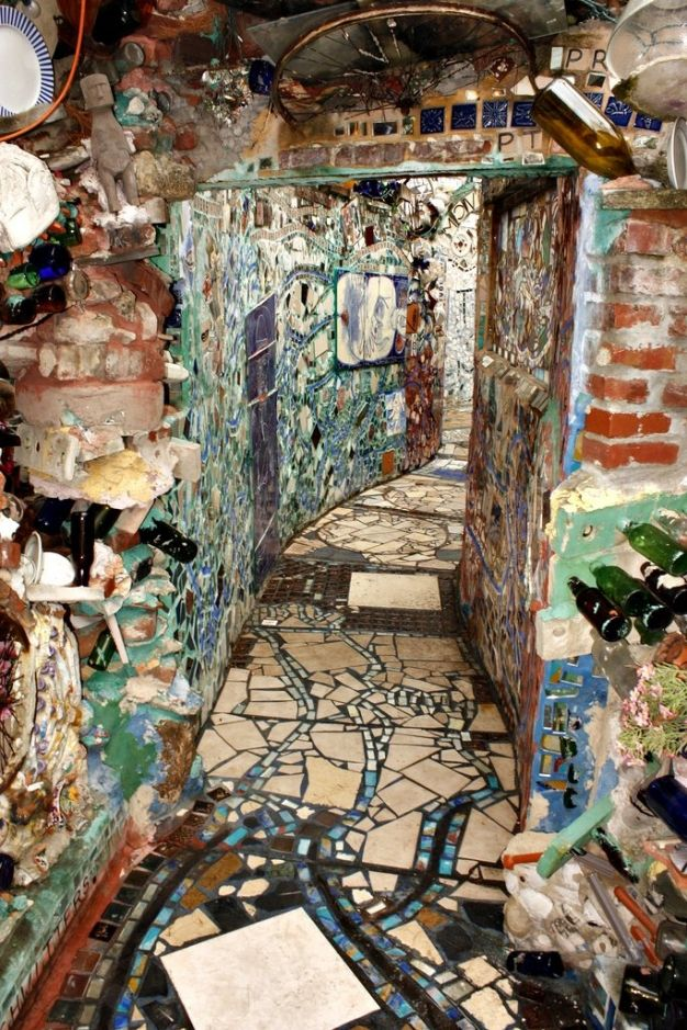 40 best images about grottos outsider art and quirky for Magic garden philadelphia