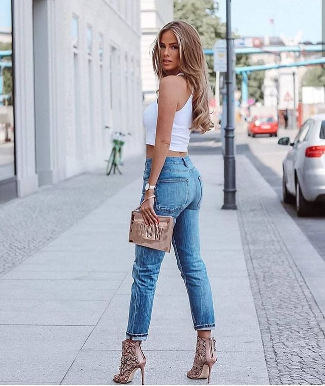 30 Casual Summer Outfits With Jeans To Copy This Year Women Outfits Glossyu Summer Fashion Outfits Simple Spring Outfits Casual Summer Outfits