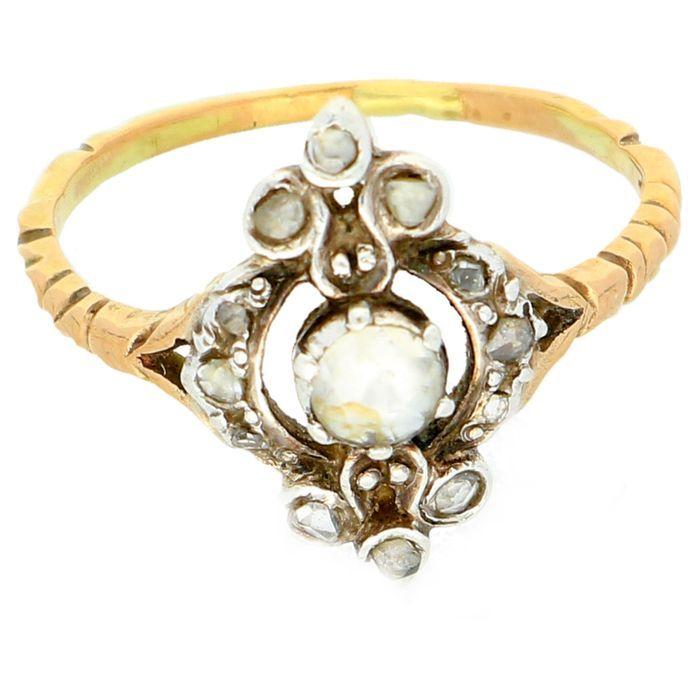 Online veilinghuis Catawiki: Geelgouden ring bezet met 14 roos geslepen diamanten van totaal 0,53 ct
