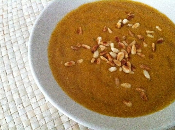 Red Lentil soup:1 onion, sliced,1 garlic, 1/2 tbs coconut oil, 1 tps ...