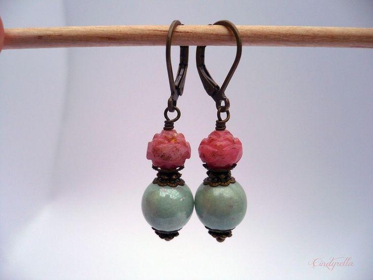 Pastel Pretty - Zachtroze en groene oorbellen van CindyrellaJewels op DaWanda.com