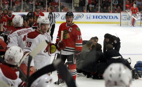 Toews screaming at the Coyotes after laughing at Hossa and his injury. This picture reminds me of how disgusting the yotes are. Brings back all the bad feelings.