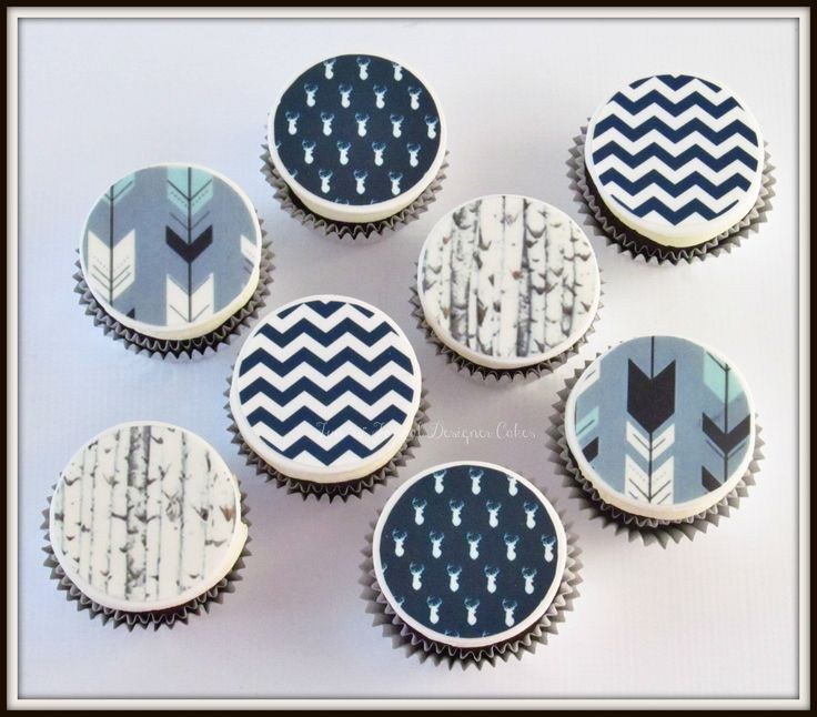 Woodland themed baby shower cupcakes.